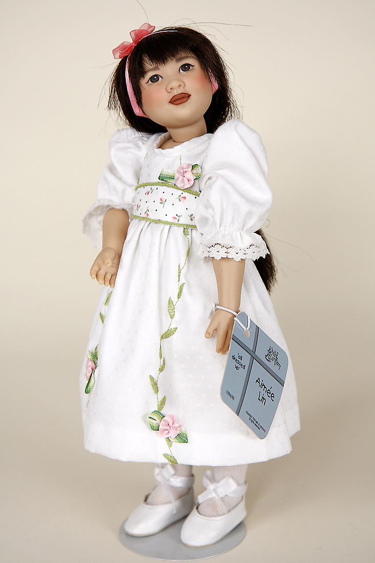 Aimee Lin Vinyl Limited Edition Collectible Doll By