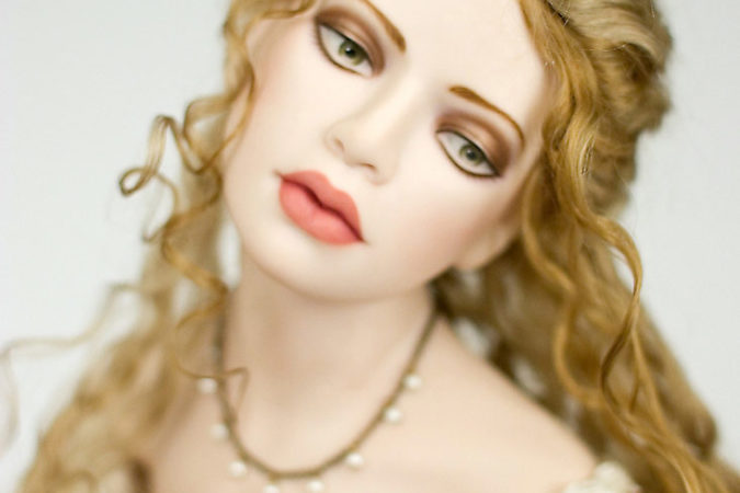 Close-up photo of Eve, porcelain, art dolls Eve by Tom Francirek and Andre Oliveira