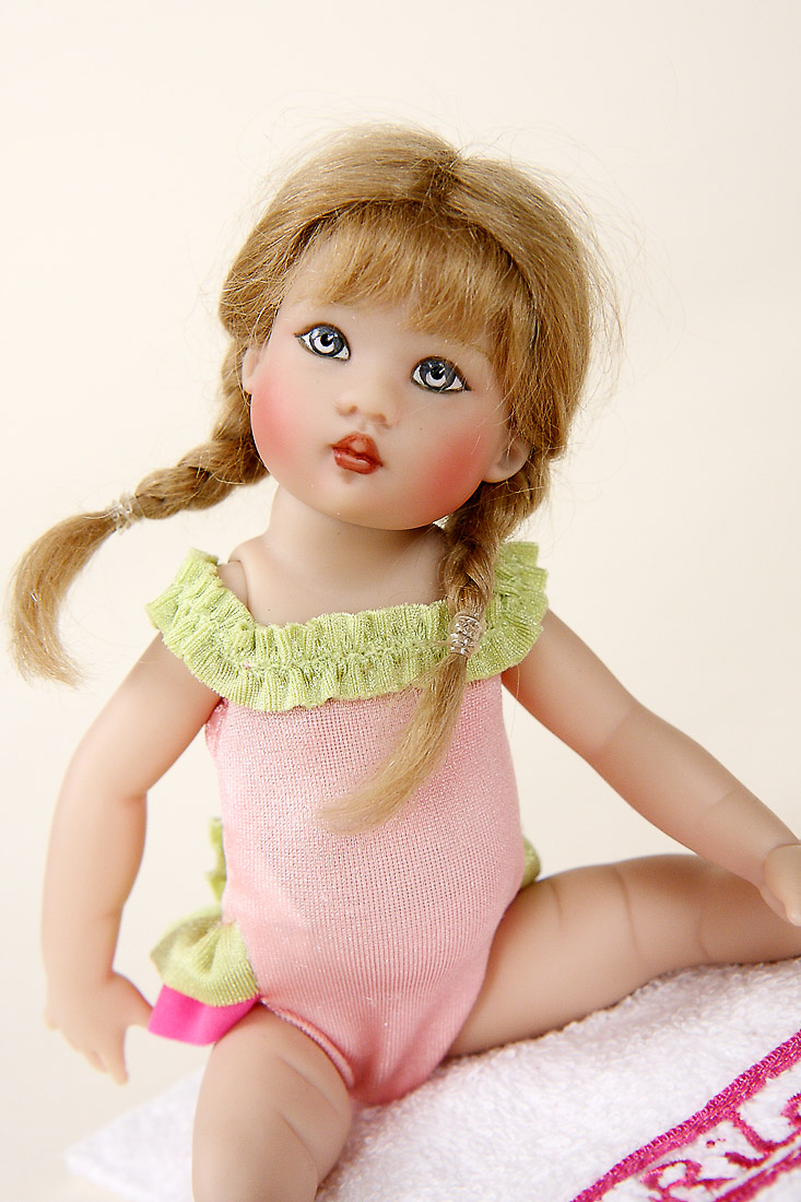 Swimsuit Riley Vinyl Limited Edition Collectible Doll By