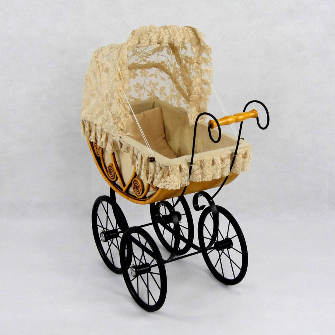 Eleanor Wicker Heirloom Doll Carriage
