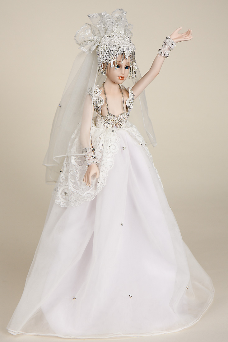 Pia Dali Porcelain Soft Body Limited Edition Collectible