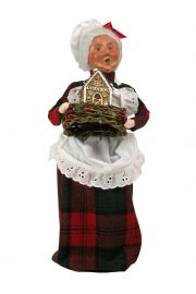 Image of Baking Mrs. Claus caroler figurine by Byers' Choice, Ltd.