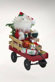 Photographic image of Santa Mouse in Wagon by Byers' Choice Ltd.
