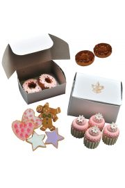 Doll accesories for 18 inch dolls. Bakery collection set of doughnuts and pies! Fits American Girl.