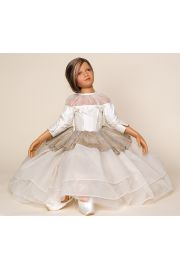 Laura - collectible limited edition vinyl art doll by doll artist Philip Heath.