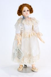 Annie - collectible limited edition resin art doll by doll artist Edna Dali.