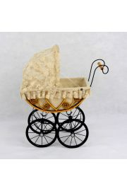 The Eleanor Heirloom Doll Carriage Pram Buggy Stroller P491