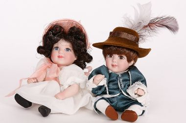 Collectible   doll Pinky & Blue Boy petite amour by Charisma/ Marie Osmond