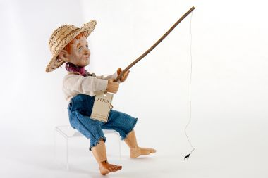 Detail image of Huckleberry Finn wood art doll by Marlene Xenis