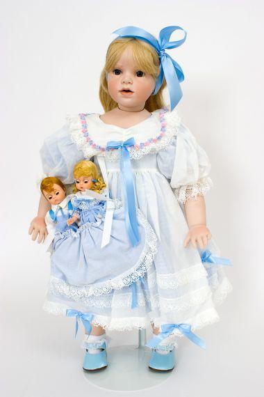 Collectible Limited Edition Porcelain soft body doll Courtney & Friends (Gunzel) by Hildegard Gunzel