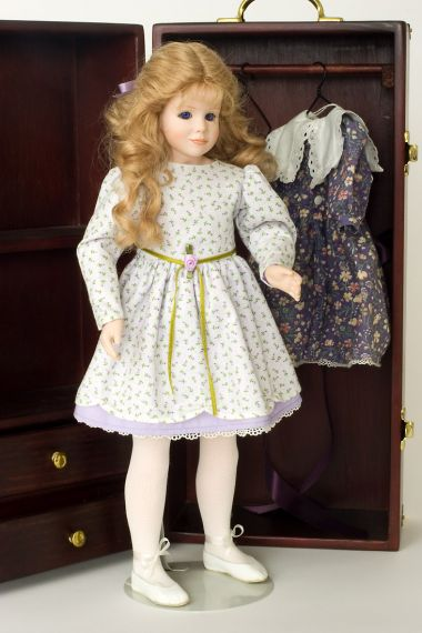 Collectible Limited Edition Vinyl doll Julie by Alice Lester
