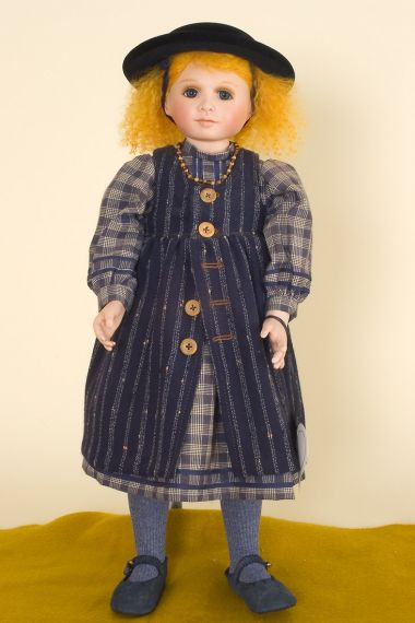 Gwynneth - collectible limited edition porcelain soft body art doll by doll artist Diane Hardwick.