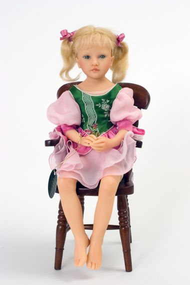 Ophelie no.1 - collectible limited edition resin art doll by doll artist Heloise.